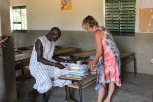 Rangement, classement pour la nouvelle bibliothèque